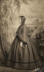 Princesa Isabel menina, 1863. Rio de Janeiro.Joaquim Insley Pacheco.