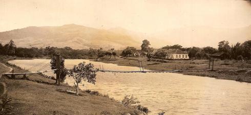 Dois imigrantes alemães chegam ao sul do Brasil no início do século […]