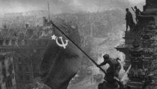 Contexto lança no Brasil livro do comandante soviético que derrotou os nazistas […]